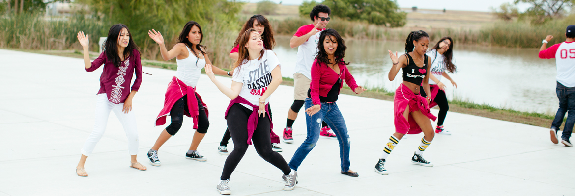 UC Merced student dance group performing